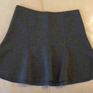Ann Taylor cute gray flirty skirt